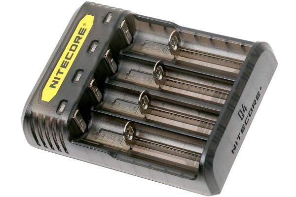 Nitecore Q4 4-Schacht-Ladegerät